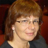 Dr Ewa Kusz
